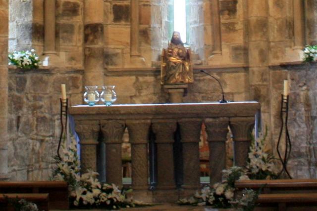 carpas arconovo cantam Altar