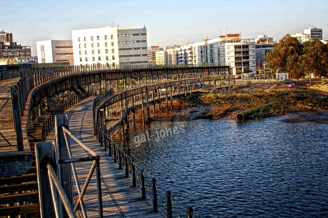 Muelle de Riotinto, gal-jones